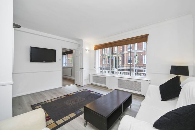 2 bed flat to rent in Seymour Place, London