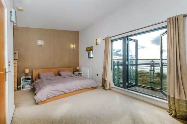 Thumbnail Penthouse for sale in St Margrets Court, Maritime Quarter, Swansea