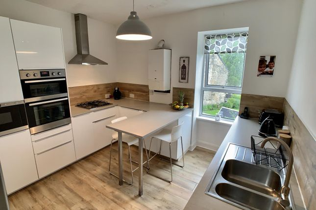 Thumbnail Maisonette for sale in Kings Road, Beith