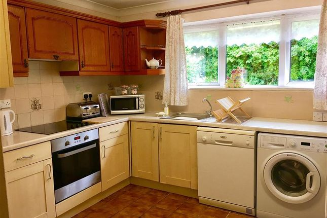 3 bed bungalow for sale in Green Lane, Platts Heath, Maidstone, Kent