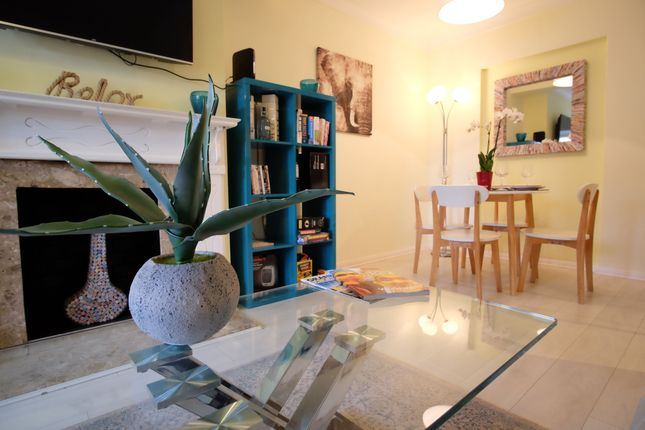 Thumbnail Semi-detached house to rent in Leach Road, Buckinghamshire
