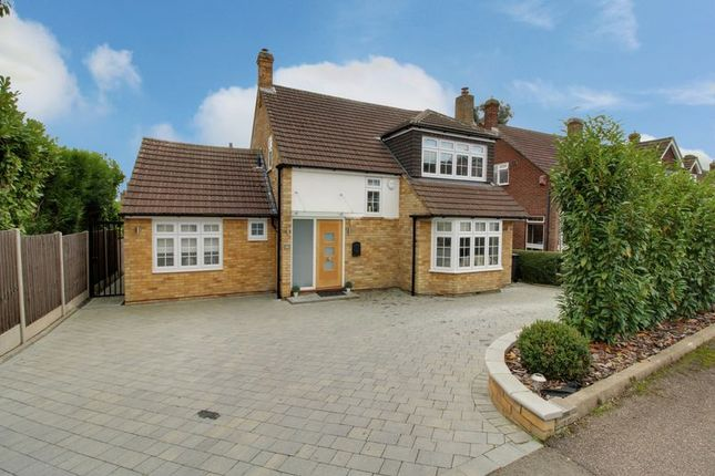 3 bed detached house for sale in Cranfield Crescent, Cuffley, Potters Bar EN6