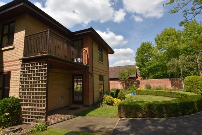 Property Image of 11 Buckingham, Thamesfield, Henley-On-Thames, Oxfordshire RG9