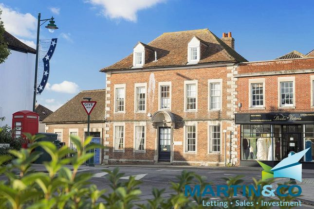 4 bed town house for sale in Market Place, Westbury