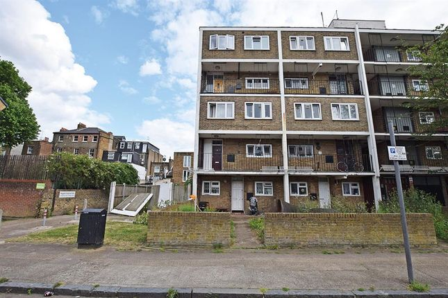 Thumbnail Flat for sale in Kirkwall Place, London