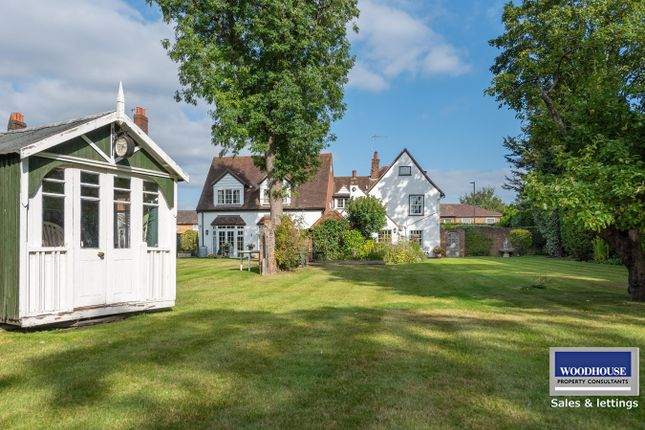 Thumbnail Detached house for sale in Crossbrook Street, Cheshunt, Waltham Cross
