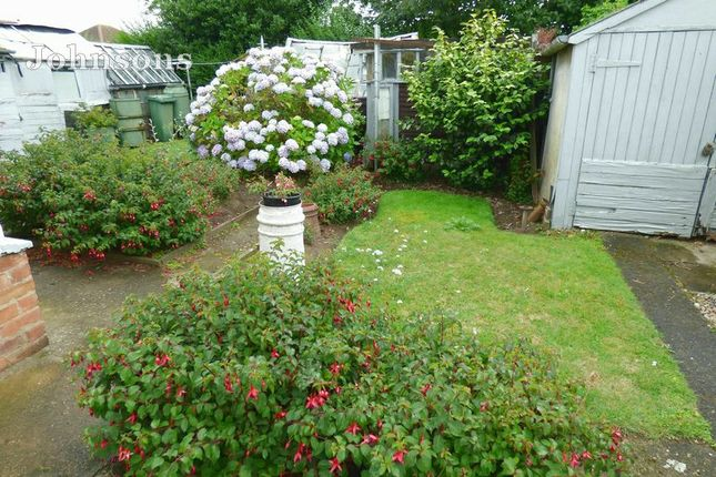 Gardens of St Georges Avenue, Dunsville, Doncaster. DN7