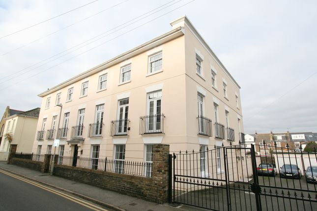 Thumbnail Town house for sale in Union Road, Deal
