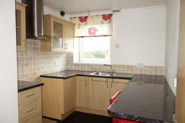 Thumbnail Flat to rent in High Street, Treorchy