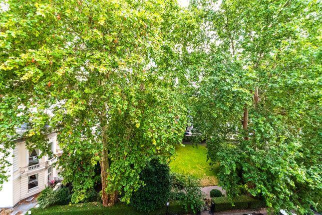 Garden View of Cornwall Gardens, London SW7