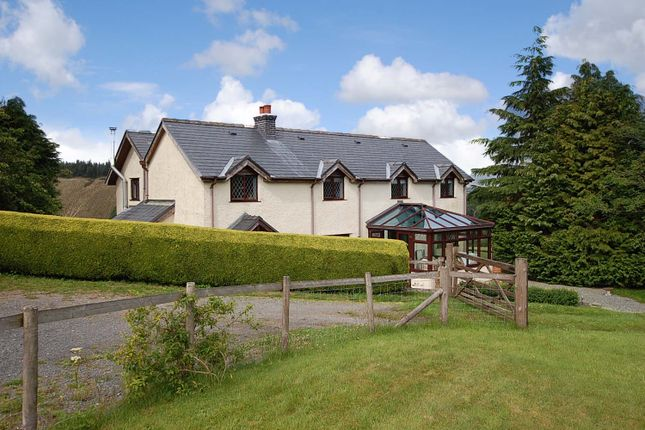 Thumbnail Detached house for sale in Glyn-Brochan, Llanidloes