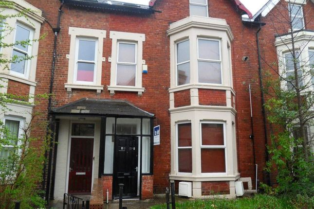 Thumbnail Property to rent in Simonside Terrace, Heaton, Newcastle Upon Tyne