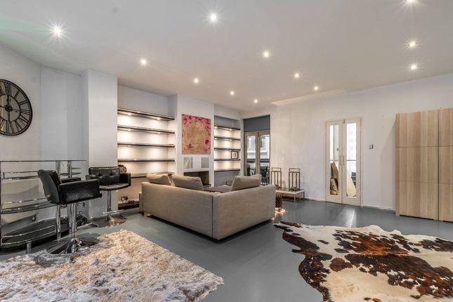 1 bed flat for sale in Bramham Gardens, South Kensington, London SW5