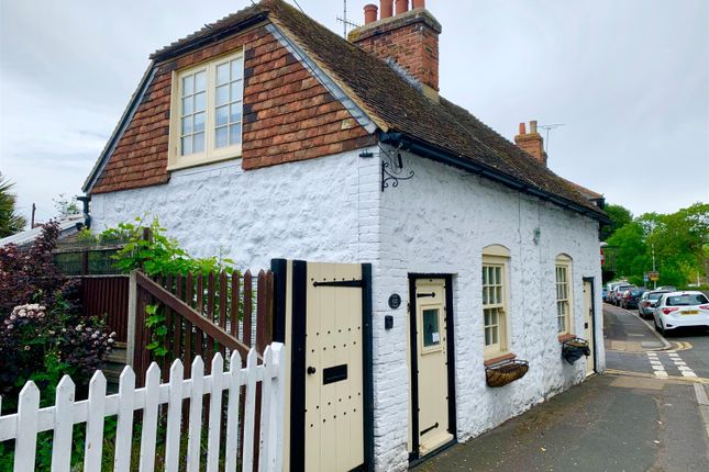 1 bed cottage for sale in Hythe, Kent CT21
