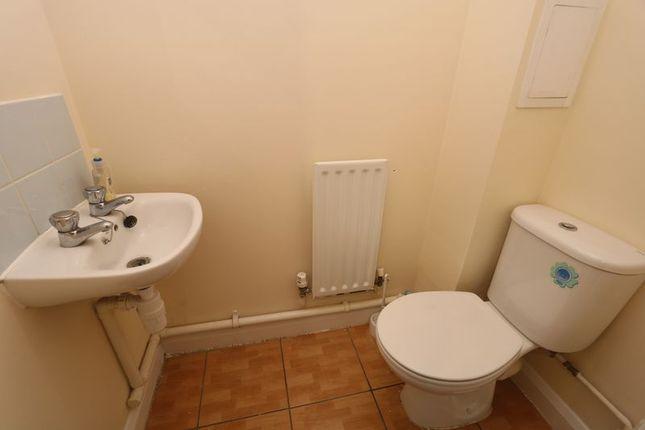 Cloakroom of Seaton Grove, Broughton, Milton Keynes MK10