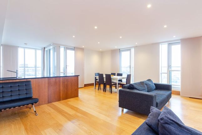 Thumbnail Flat to rent in Park View Residence, Baker Street, London