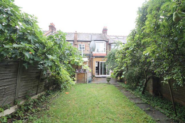 the grove palmers green london n13 3 bedroom terraced. Black Bedroom Furniture Sets. Home Design Ideas