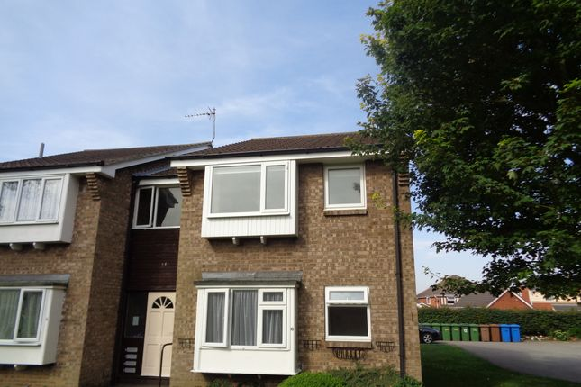 Thumbnail Flat to rent in Headlands Walk, Bridlington