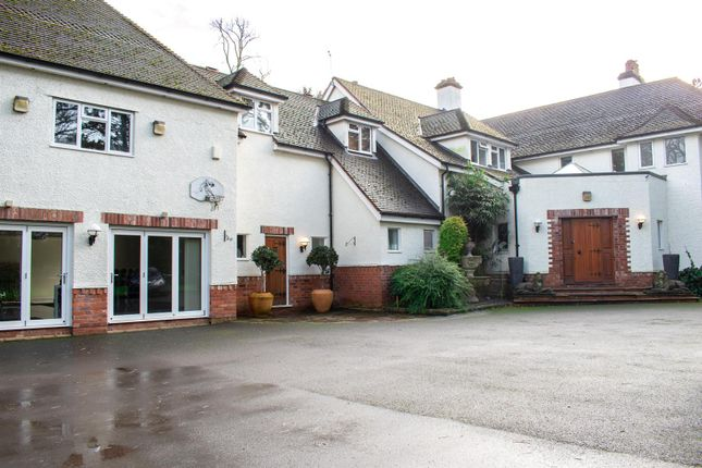 Thumbnail Property to rent in Weston Road, Wilmslow
