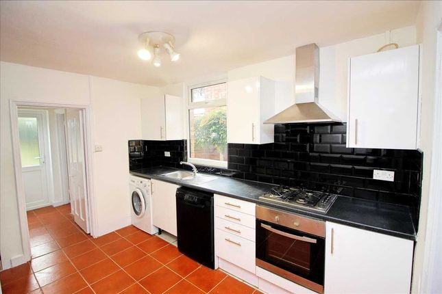 Thumbnail 4 bed semi-detached house to rent in Merry Hill Mount, Bushey
