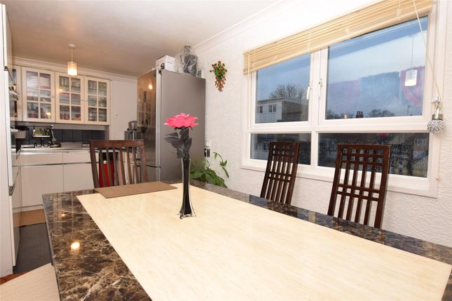 Thumbnail Flat for sale in Benhill Wood Road, Sutton