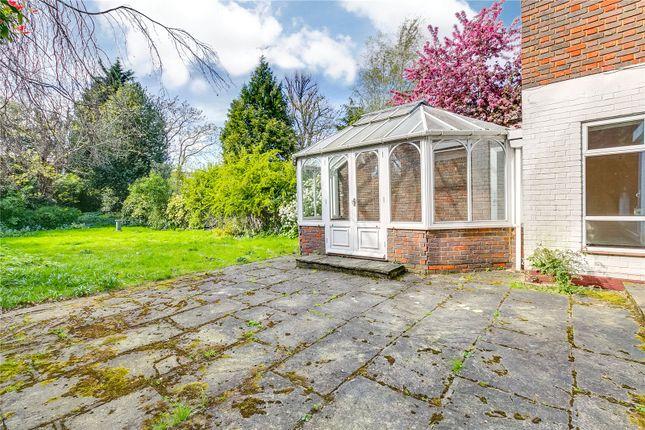 Garden of Castelnau, London SW13