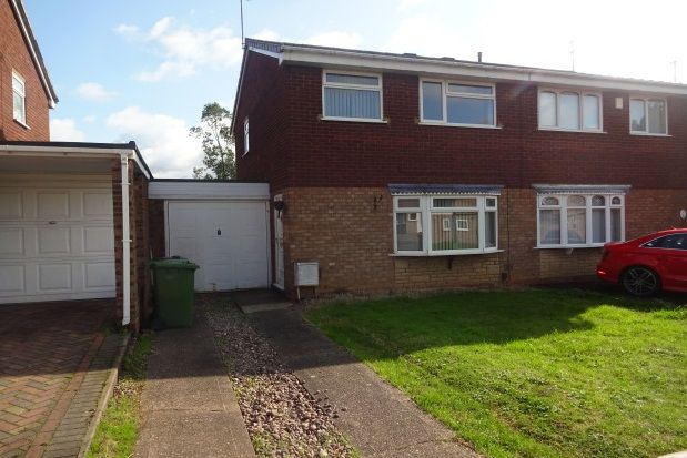 Thumbnail Property to rent in Tenbury Close, Bentley, Walsall