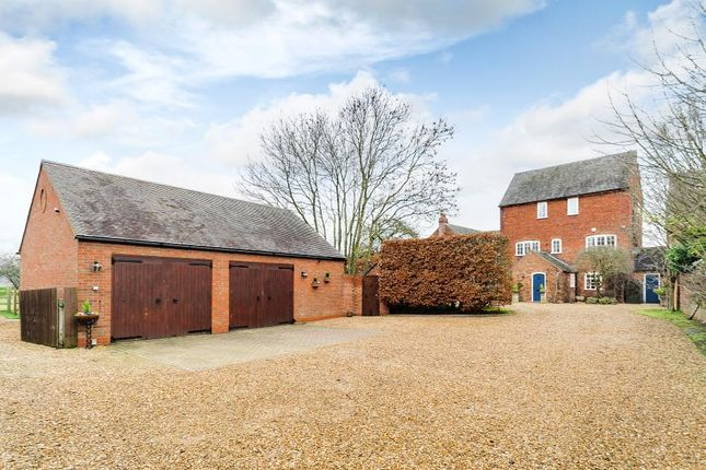 Thumbnail Property for sale in Tamworth Road, Elford, Tamworth