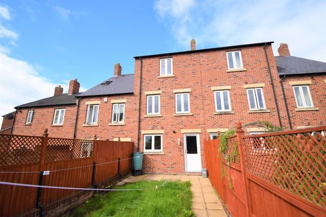 4 bed terraced house to rent in Village Drive, Lawley Village, Telford TF4