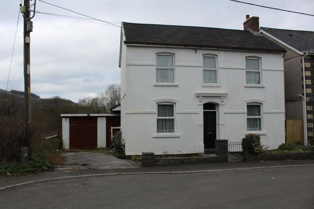 Thumbnail Detached house for sale in Brynlloi Road, Glanamman, Ammanford