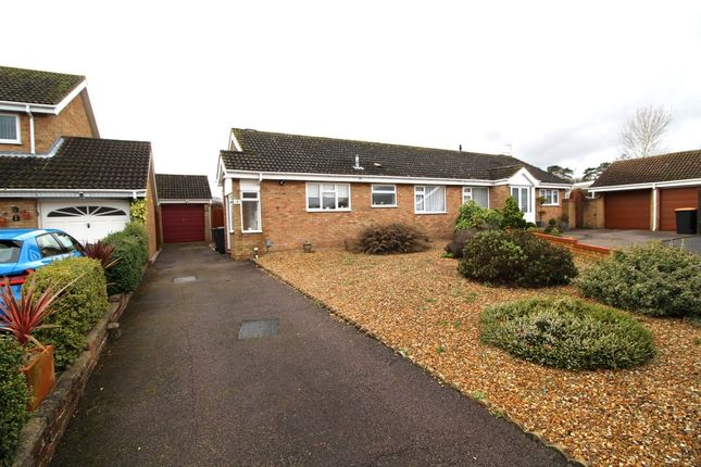 Thumbnail Bungalow for sale in Ryton Close, Bedford, Bedfordshire