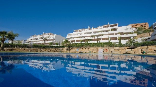 2 bed apartment for sale in Spain, Málaga, Estepona, East Estepona
