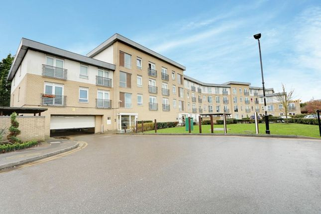 Thumbnail Flat for sale in Station Avenue, Southend-On-Sea