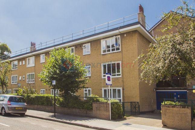 Thumbnail Flat to rent in Frampton Park Road, London