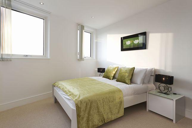 2nd Bedroom of Admirals Tower, 8 Dowells Street, New Capital Quay, Greenwich, London SE10