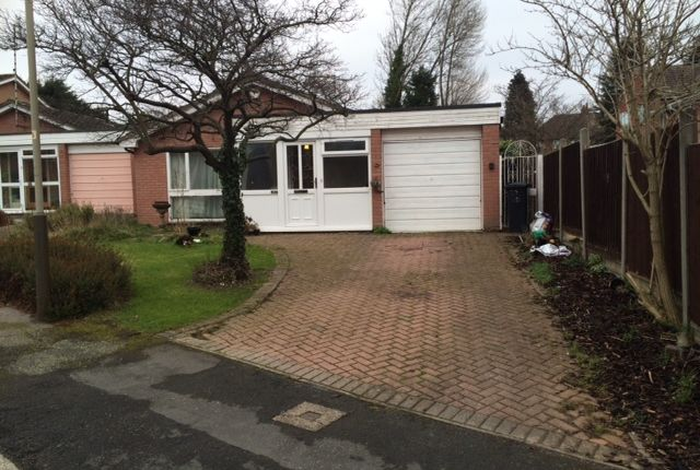 Thumbnail Bungalow to rent in Lindrick Drive, Leicester