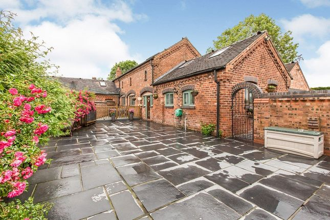 Thumbnail Detached house for sale in Runcorn Road, Little Leigh, Northwich, Cheshire