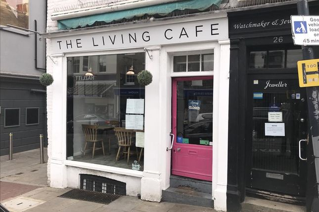 Thumbnail Restaurant/cafe for sale in Earl Street, Maidstone