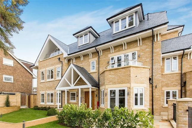 Thumbnail Flat for sale in Amaris Lodge, 10 Old Park Road, Enfield
