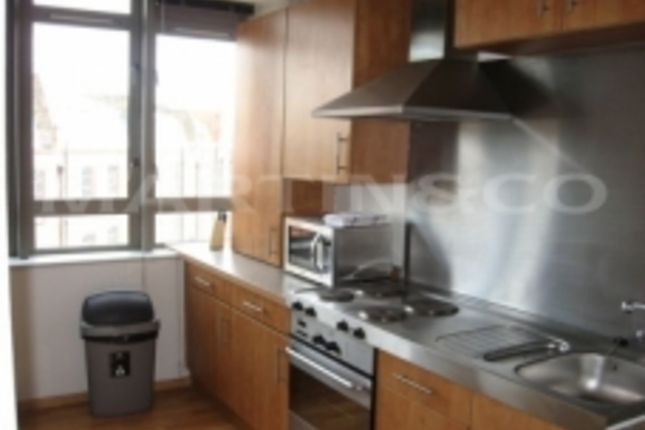 1 bed flat to rent in City Road, London