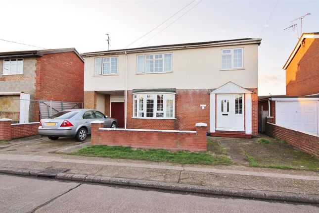 Thumbnail Detached house for sale in Korndyk Avenue, Canvey Island
