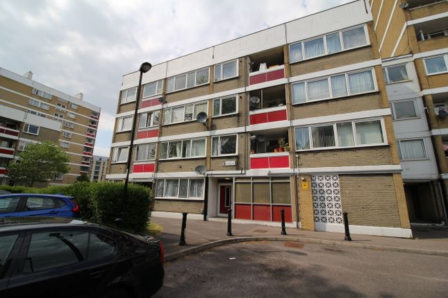 Flat for sale in Orchard Lane, Southampton