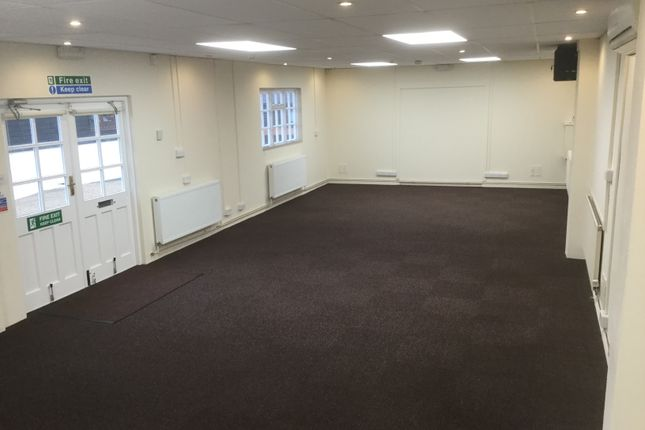 Thumbnail Office to let in Sandhawes Hill, East Grinstead
