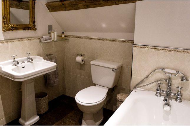 Bathroom of 2 High Street, Hadlow TN11