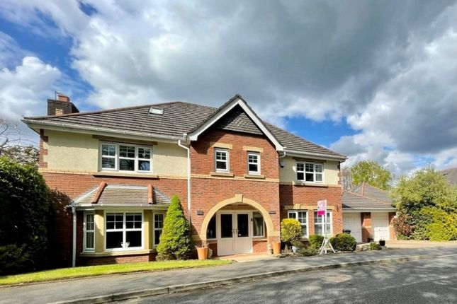 Thumbnail Detached house for sale in Regents Hill, Lostock