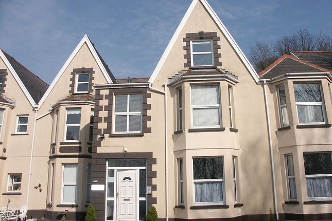 Thumbnail Flat to rent in 8 Garthmoor Court, Old Road, Neath, West Glamorgan.