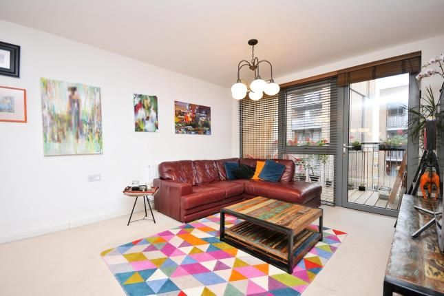 2 bed flat for sale in Bromley Road, Catford, London, England SE6