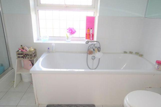 Bathroom of Sway Road, Pennington, Lymington SO41