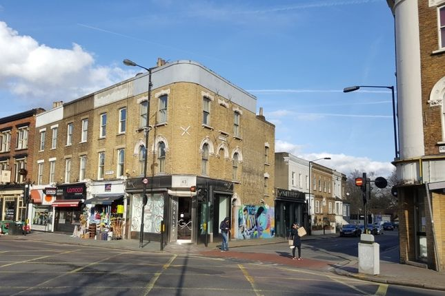 Retail premises to let in Denmark Hill, London