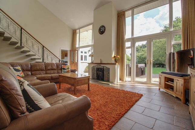 Thumbnail Detached house for sale in Hill Avenue, Wickford, Essex